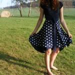 Puntíkatá zavinovací sukně